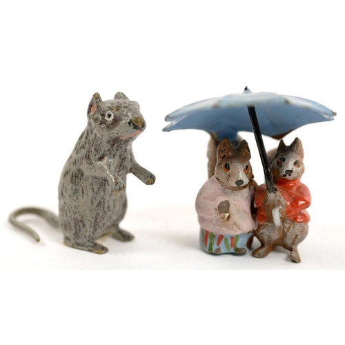 364 - <p>TWO MINIATURE COLD PAINTED BRONZES OF 'A HAPPY PAIR' BENEATH AN UMBRELLA AND A RAT, 2.5 6.3CM H, ...