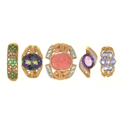 16 - <p>FIVE GEM SET 9CT GOLD RINGS, INCLUDING AN AMETHYST AND DIAMOND RING AND A MYSTIC TOPAZ RING, 20.5...