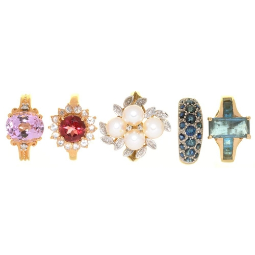 5 - <p>FIVE GEM SET 9CT GOLD RINGS, INCLUDING A PEARL AND DIAMOND RING AND A KUNZITE AND DIAMOND RING, 2...