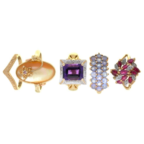 7 - <p>A 9CT GOLD WISHBONE WEDDING RING AND FOUR GEM SET 9CT GOLD RINGS, INCLUDING A RUBY AND DIAMOND CL...