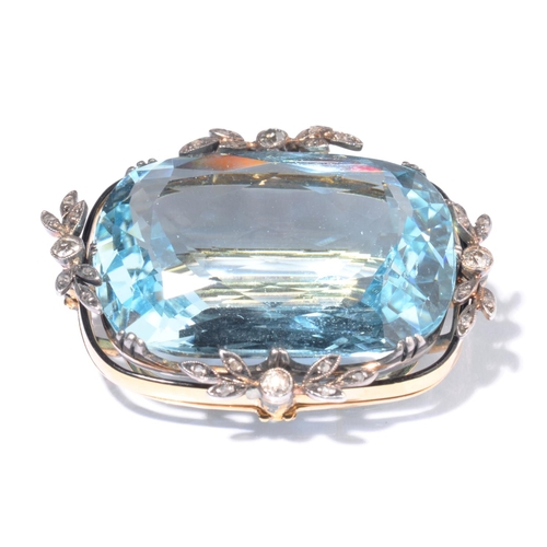 26 - <strong>A FINE BELLE EPOQUE AQUAMARINE AND DIAMOND BROOCH, C1900</strong> the cushion shaped  aquama...