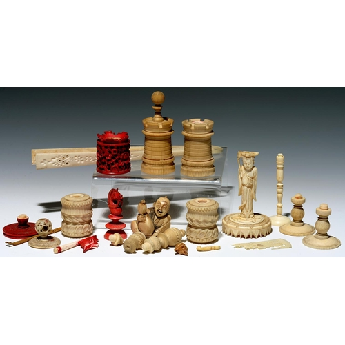 298 - A QUANTITY OF CHINESE BONE AND VARIOUS BONE AND IVORY OBJECTS, PRINCIPALLY CHESSMEN, VARIOUS SIZES, ...