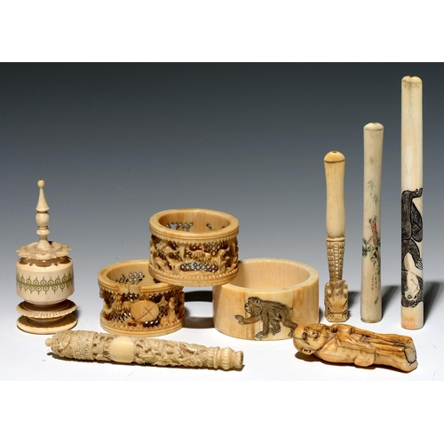 301 - A JAPANESE IVORY NETSUKE AND OTHER IVORY WORKS OF ART, VARIOUS SIZES, MID 19TH CENTURY – C1900...