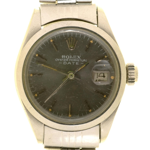 59 - <strong>A ROLEX STAINLESS STEEL SELF WINDING LADY'S WRISTWATCH OYSTER PERPETUAL DATE  </strong>Ref 6...