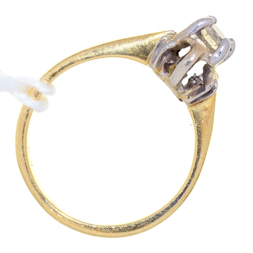16 - A DIAMOND SOLITAIRE RING, IN GOLD, MARKS RUBBED, 2.5G, SIZE F...