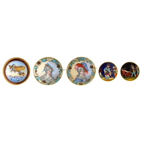 42 - AN UNUSUAL GILTMETAL AND PAINTED ENAMEL BUTTON OF A BLERIOT TYPE AEROPLANE, C1910, 34MM DIAM, A PAIR...