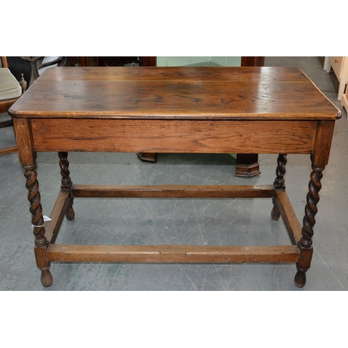 763 - AN OAK HALL TABLE, EARLY 20TH C, ON SPIRAL TURNED LEGS UNITED BY CHAMFERED STRETCHERS, 77CM H; 56 X ...