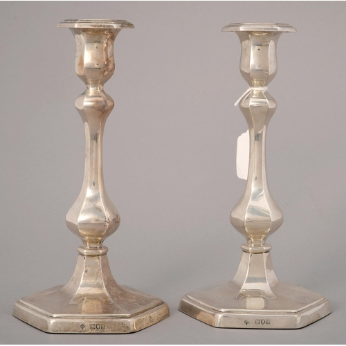 201 - A PAIR OF VICTORIAN HEXAGONAL SILVER CANDLESTICKS ON MOULDED FOOT, NOZZLES, 26CM H, BY HORACE WOODWA...