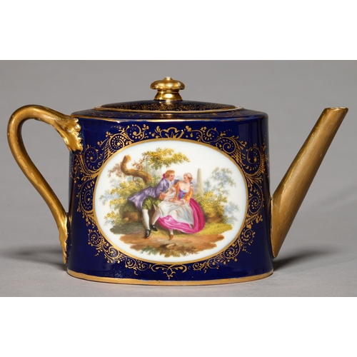277 - A CONTINENTAL OVAL PORCELAIN TEAPOT AND COVER, C1900, THE TEAPOT PAINTED TO EITHER SIDE WITH 18TH C ...