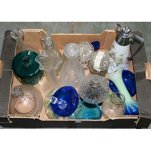 403 - MISCELLANEOUS DECORATIVE GLASSWARE...