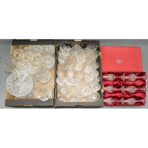 414H - MISCELLANEOUS CUT, DRINKING AND OTHER GLASSWARE INCLUDING A CASED SET OF SIX GOBLETS...
