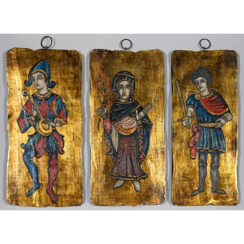 483 - A REPRODUCTION SHIELD AND A SET OF THREE PLAQUES AND A REPRODUCTION PAINTED GLASS FIBRE REPLICA OF A...