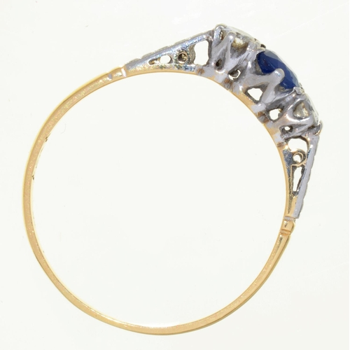56 - A SAPPHIRE AND DIAMOND THREE STONE RING, GOLD HOOP, MARKED 18CT PLAT, 1.8G, SIZE P½...