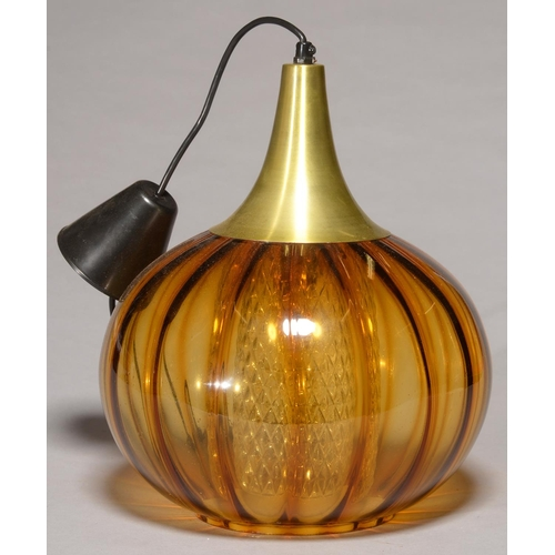 564 - AN AMBER GLASS AND BRASS OXIDISED SPUN METAL HANGING LIGHT, PROBABLY 1970S, 36CM H...