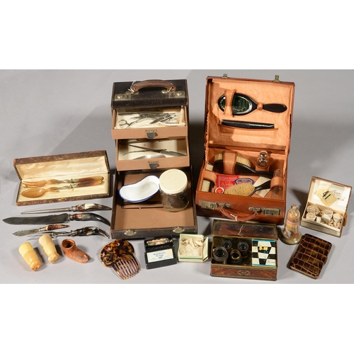 568 - A 1920S LEATHER PHYSICIAN'S FITTED CASE, THE FALL FRONT REVEALING FITTED INTERIOR WITH THREE DRAWER...