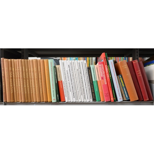 648 - BRITISH RAILWAYS. FIVE SHELVES OF BOOKS, SUBJECTS INCLUDING COMPANY HISTORIES, LOCOMOTIVE BUILDERS, ...