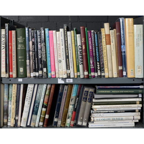 662 - TWO SHELVES OF BOOKS, PRINCIPALLY ART AND ARCHITECTURE, EX PUBLIC LIBRARY...