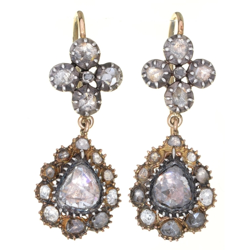 67 - A PAIR OF GEORGIAN DIAMOND PENDANT EARRINGS,LATE 18TH/EARLY 19TH C, THE PEAR SHAPED DROP CENTRED BY ...