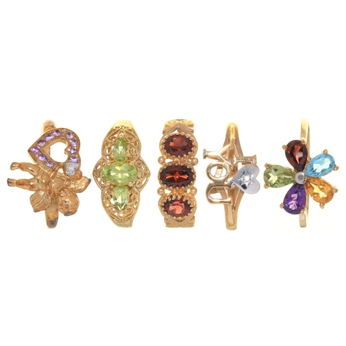7 - FIVE RINGS, VARIOUSLY GEM SET IN GOLD, 11G, SIZE P...