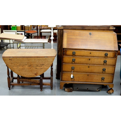876 - A GEORGE III OAK BUREAU, EARLY 19TH C, WITH SERPENTINE FITTED ARCHITECTURAL INTERIOR, 108CM H; 104 X...
