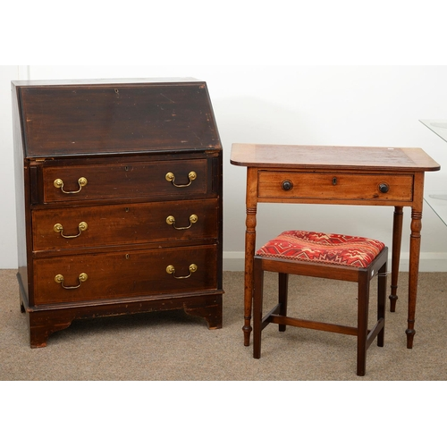 940 - A VICTORIAN MAHOGANY SIDE TABLE ON TURNED LEGS, 71CM H; 78 X 49CM, A MAHOGANY STOOL, 40CM H AND AN E...