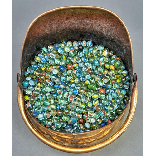 1185 - An unusually extensive collection of glass marbles, many first half 20th c, approximately 500 includ...