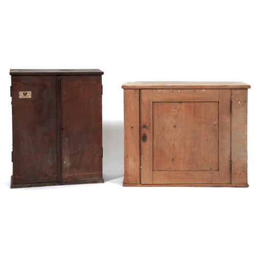1451 - A Master Brand oak table top tool cabinet, enclosed by a pair of doors applied Master Brand badge, 5...