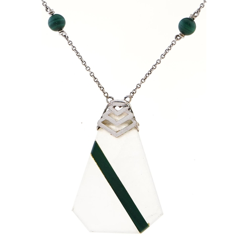 180 - An Art Deco jade and malachite necklet, in white gold marked 9c, 7.9g