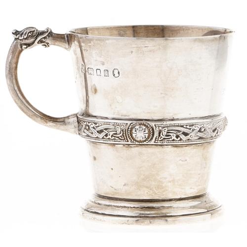 347 - A George V silver christening mug,with girdle of Celtic strapwork, 7cm h, London 1934, 4ozs...