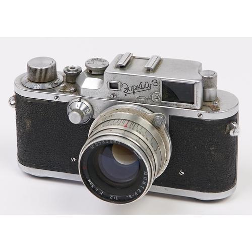 415 - A Zorki 3 35mm camera, with Jupiter-8 50mm F2 lens