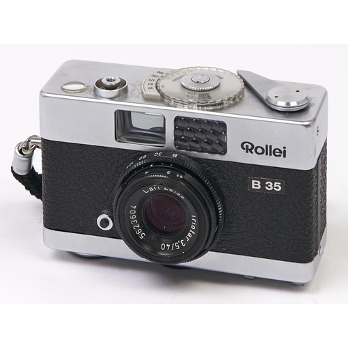 420 - A Rollei B 35mm camera, with Carl Zeiss Triotar 40mm F3.5 lens