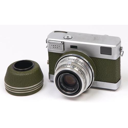 426 - An olive green Zeiss Werra 4 35mm camera, with Carl Zeiss Jena Tessar 50mm F2.8 lens, original case...