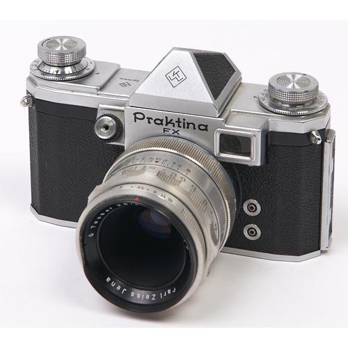 448 - A Praktina FX SLR 35mm camera, with Carl Zeiss Jena Tessar 50mm F2.8 lens