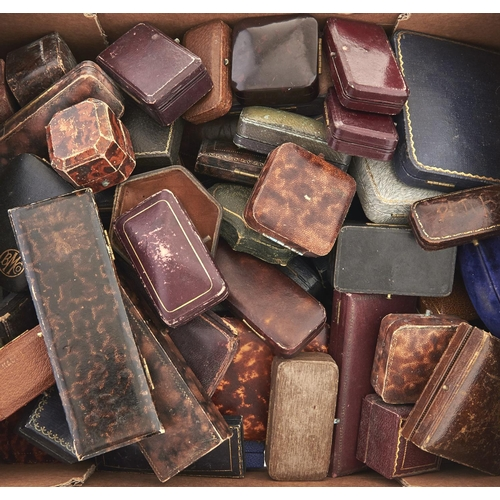 613 - Miscellaneous Victorian and later leather and other jewel boxes(approximately 60)