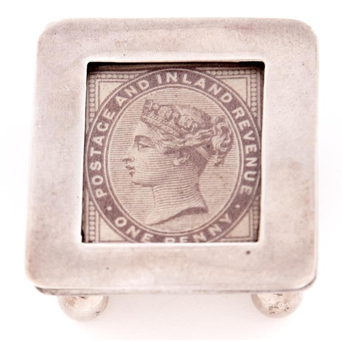 636 - A Victorian silver postage stamp box, 33mm, by James Deakin & Sons, Birmingham 1898, 8dwts...