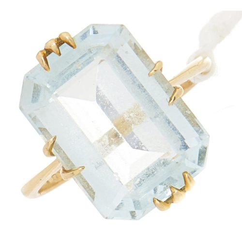 79 - An aquamarine ring, in gold marked 18, 3.7g, size N
