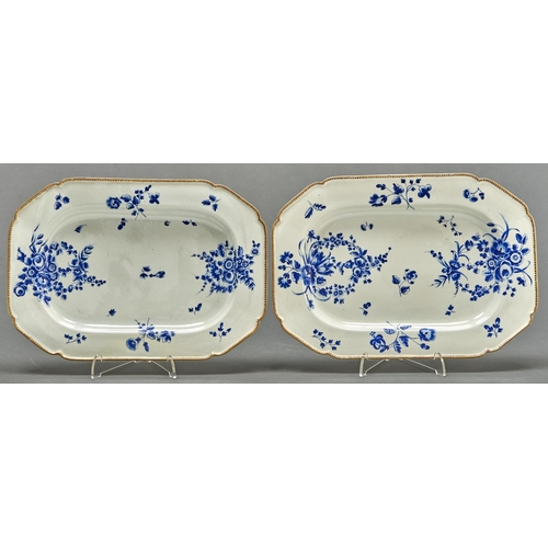 856 - A pair of Worcester dishes, c1770, painted in 'Dry Blue' with bouquets and scattered sprigs in sligh...