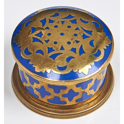 994 - A brass and blue enamel pill box and cover, early 20th c, 41mm diam