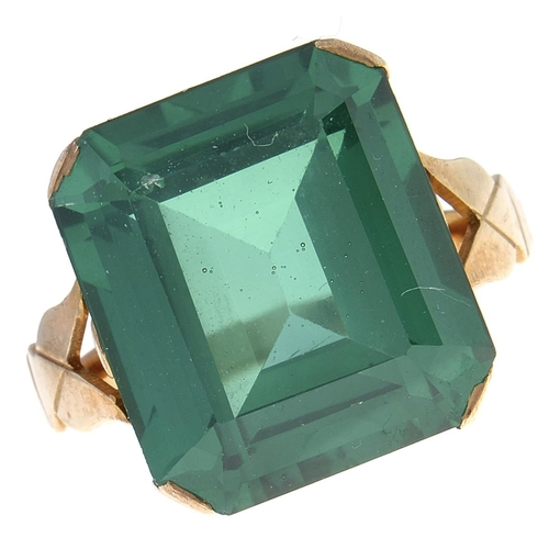 530 - A green paste ring,in gold marked 9ct, 5.9g, size H