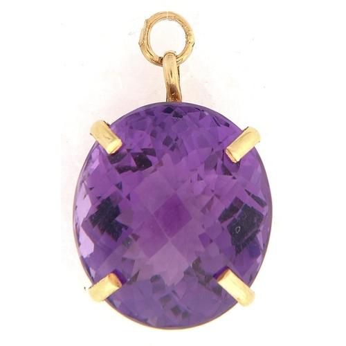531 - A cushion shaped amethyst pendant, in gold, 17 x 20mm, 7.6g