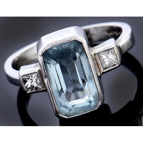 533 - An aquamarine and diamond ring, c2000, in platinum, convention mark, 6.7g, size M
