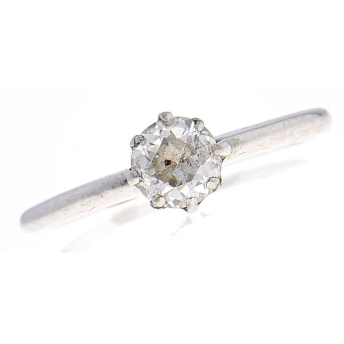 552 - A diamond solitaire ring, the old cut diamond weighing approximately 0.5ct, in platinum marked PLAT,...