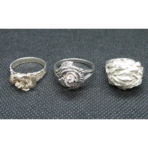 46 - 3x silver floral design rings 19g...