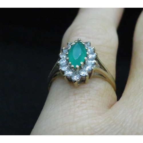 54 - 9ct Cubic Circonia and Emerald ring 1.7g...