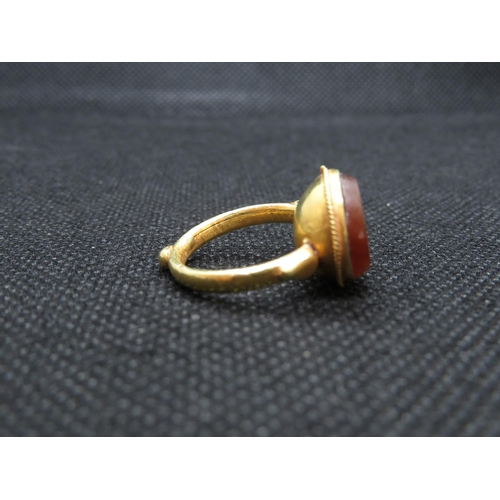 235 - Roman high carat gold and carnelian ring with rabbit engraving 5.4g...