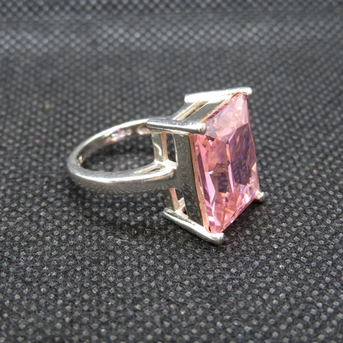 14 - Silver bling ring set with large pink stone 9.5g size M...