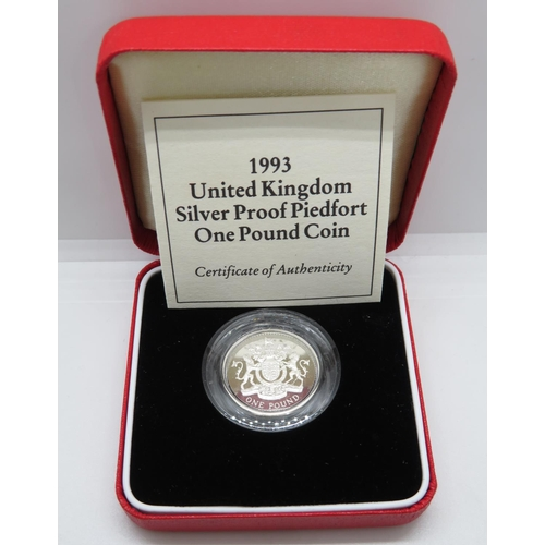 Royal Mint 1993 silver proof Piedfort £1.00 coin box and papers