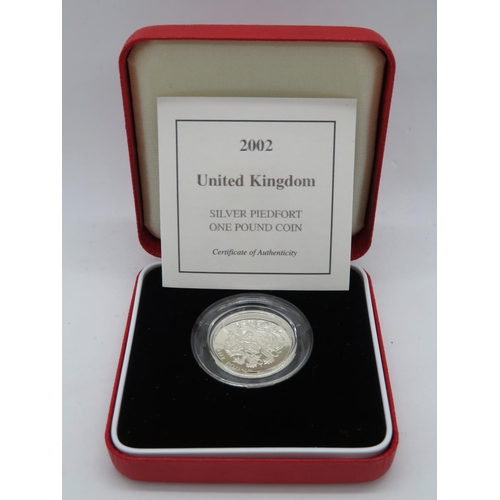 Royal Mint 2002 silver Piedfort £1.00 box and papers