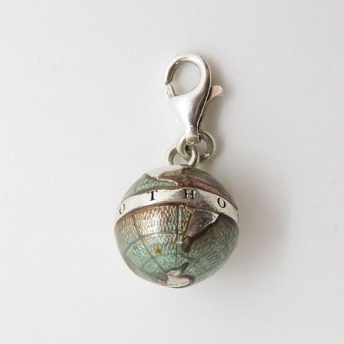 Thomas Sabo charm of globe with enamel 3.8g