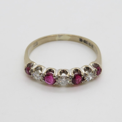 294 - Diamond and ruby ring 18ct 3g size R